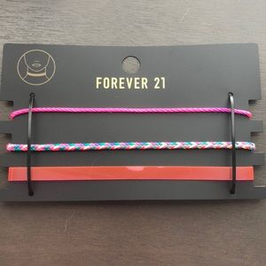 NEW IN PACKAGE NEVER WORN!!! FUN chokers